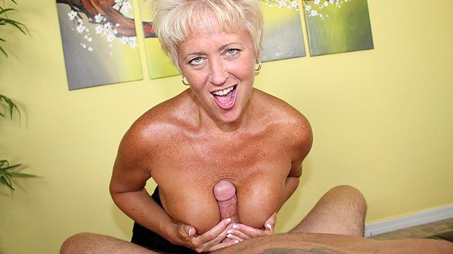 Aunt Tracy\'s Lube