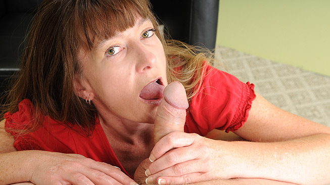 Moms Milking